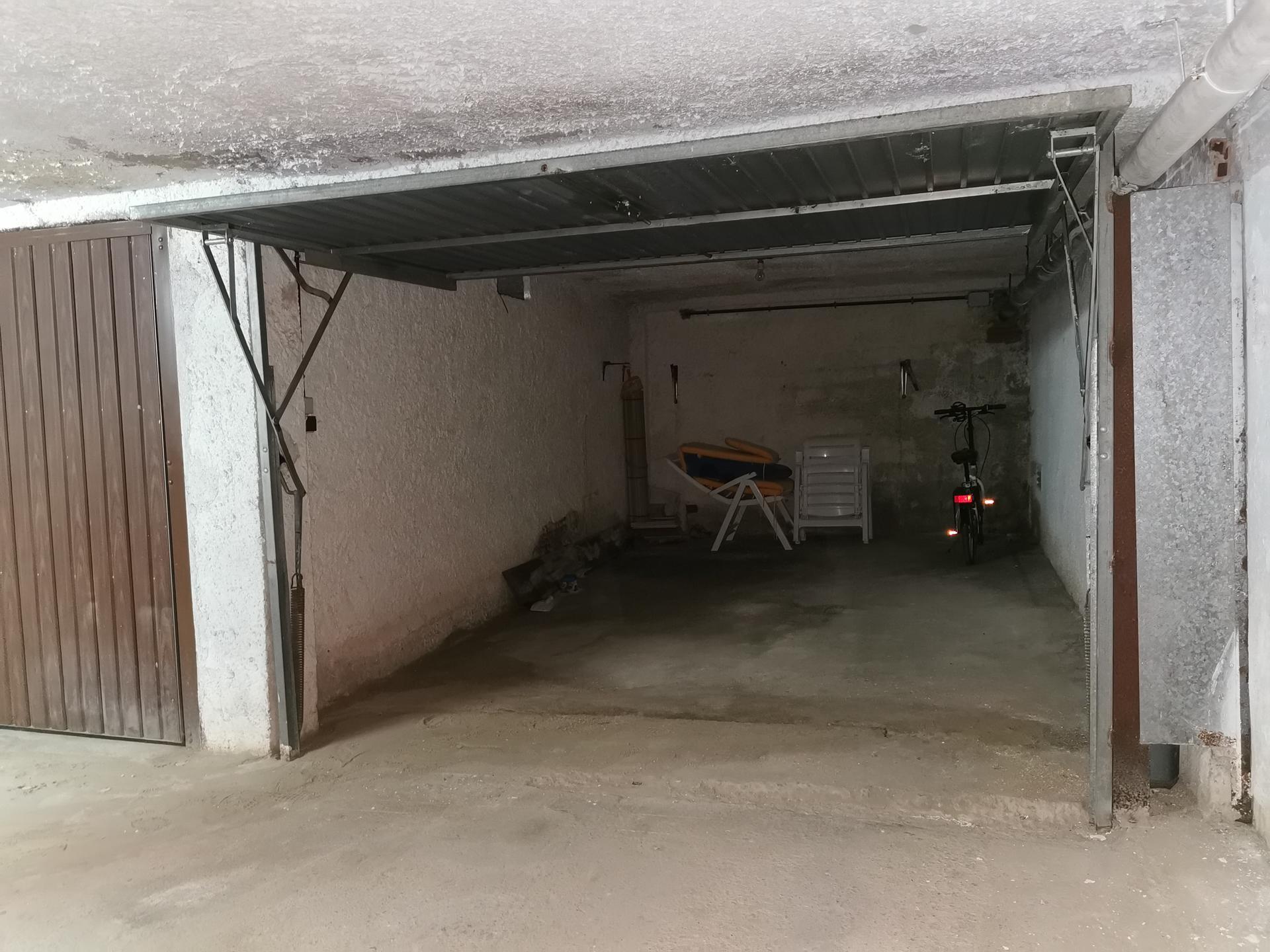 Pàrking -                                       Cambrils -                                       0 dormitoris -                                       0 ocupants