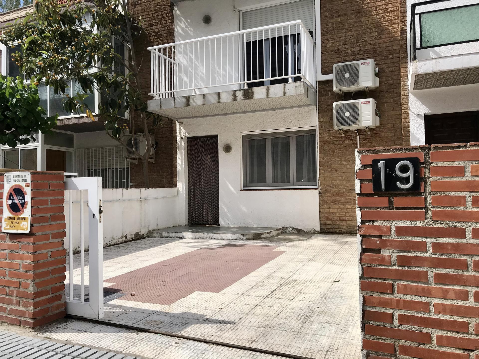 Casa -                                       La Pineda -                                       4 dormitoris -                                       7 ocupants