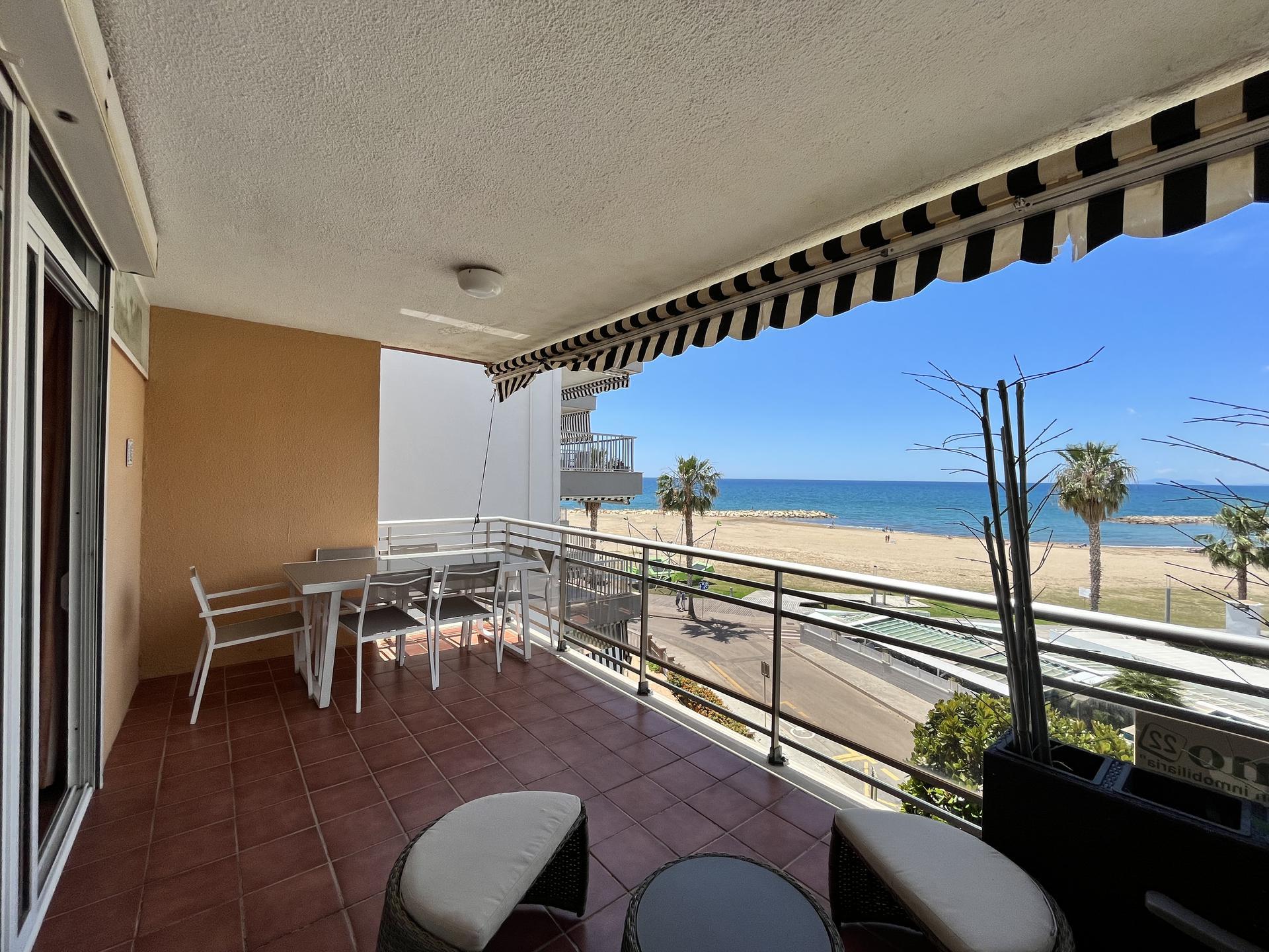 Apartament -                                       Cambrils -                                       3 dormitoris -                                       8 ocupants
